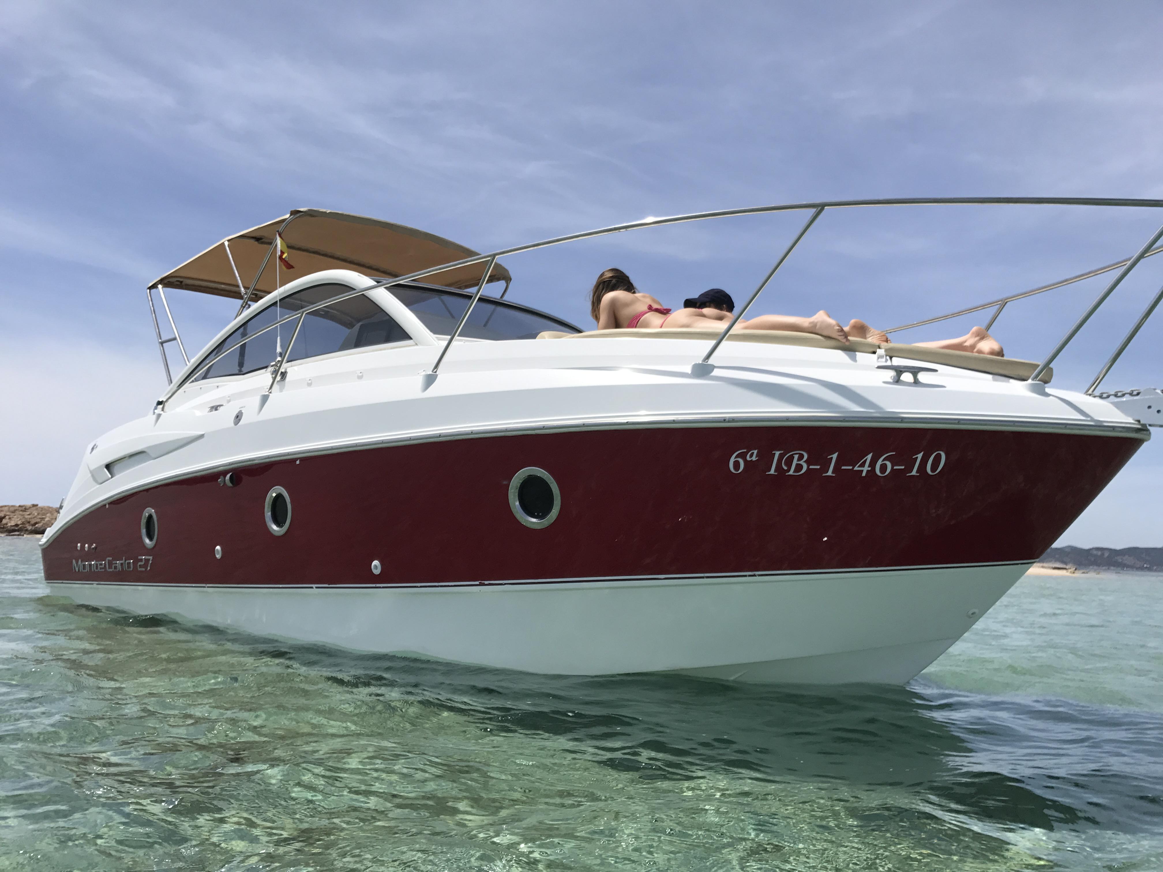 Alquiler de barcos en Ibiza Montecarlo 27
