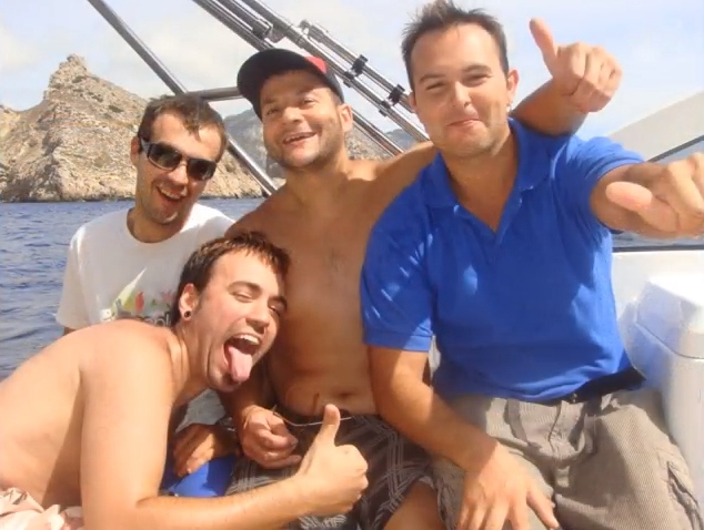 Alquilar un barco en Ibiza y pasarlo genial con los amigos